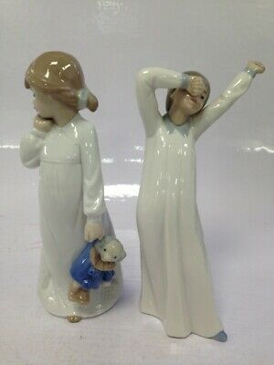 £9.99 • Buy Pair Of Vintage Nao By Lladro Figurines Girl With Doll And Girl Stretching #304