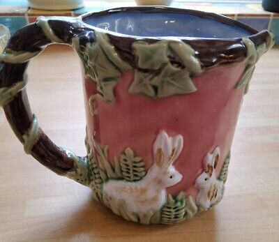 £14.99 • Buy Vintage Majolica Style Vase With White Bunny Rabbits. Perfect Condition