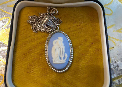 £24.99 • Buy Wedgwood Jasperware Sterling Silver Cameo Necklace In Box
