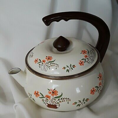$35 • Buy Vintage Countryside Collection Enameled Steel 2 Quart Curved Handle Teapot
