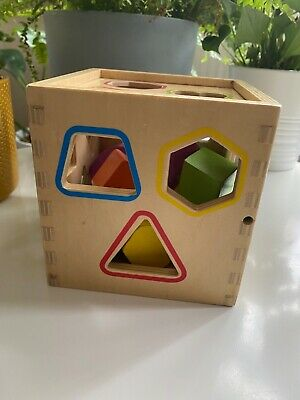 £3.50 • Buy Wooden Shape Sorter With Rope Handle With 11 Shapes