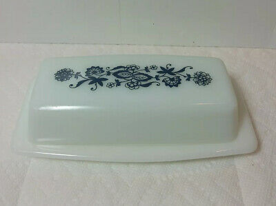 $17 • Buy Vintage Pyrex  Old Town Blue Onion  Covered Butter Dish