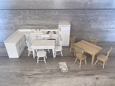 £27.49 • Buy Beautiful 1/12 Scale Dolls House Furniture Kitchen Table Chairs Fridge