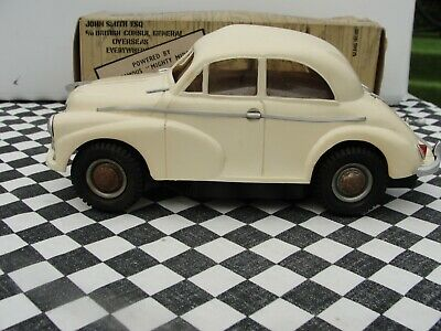 £159.95 • Buy 1950's Victory Industries Morris Minor Saloon  Ivory  1:18 Scale  Used Boxed