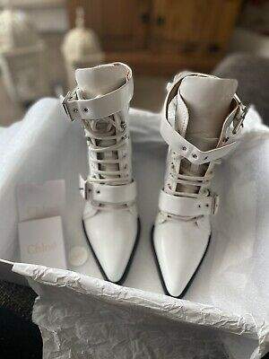 £175 • Buy CHLOE Rylee Lace Up Glossed Leather White Ankle Boots Size 4 EU37 RRP £995