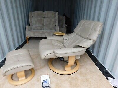 £350 • Buy Ekornes Stressless Large Leather Reclining Chair,Foot Stool And Table (Delivery
