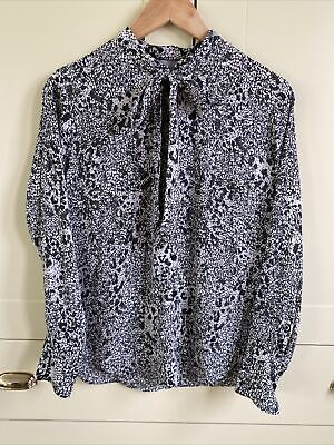 £5 • Buy H&M Pussy Bow Snakeskin Print Green White Blouse Size 38/10 Never Worn Super Con