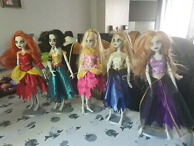 £60 • Buy RARE Once Upon A Zombie Dolls ( Barbie & Monster High Size) BUNDLE LOT(nd10)