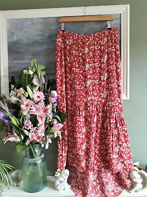 £6 • Buy River Island, Red Floral Fishtail Midi Skirt, Size 18
