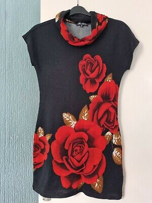 £6 • Buy Women's  Knitted Dress Size M Select