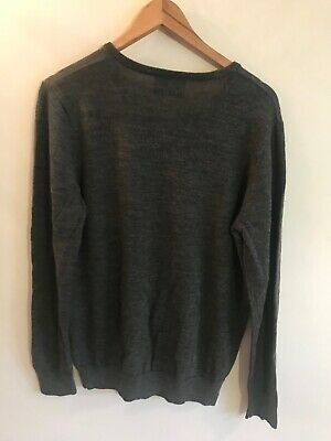 £10 • Buy Mens Fred Perry V-neck Jumper Size Medium Charcoal Grey