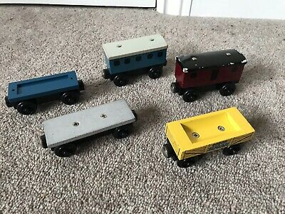 £12 • Buy Wooden Thomas The Tank Engine Train Coaches And Trucks X5 Learning Curve