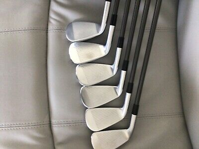 £450 • Buy Taylormade Graphite P790 Irons 5 To PW