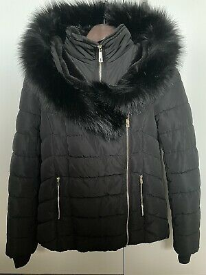 AU25 • Buy Forever New Lucy Puffa Puffer Jacket/Coat Black Size 6