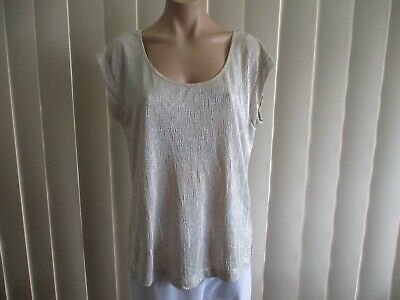 AU9 • Buy Forever New Top 8 Cream Sheen Cap Sleeve Crinkle Fabric Stretch