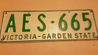 AU29 • Buy  AUSTRALIAN Victoria Collector's Car Number/License Plate 1977