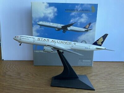AU39.99 • Buy Singapore Airlines 'Star Alliance' 777-300 1:400 Dragon Wings Diecast (9V-SYE)