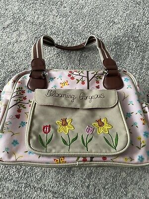 £4 • Buy Yummy Mummy Blooming Gorgeous Baby Changing Bag