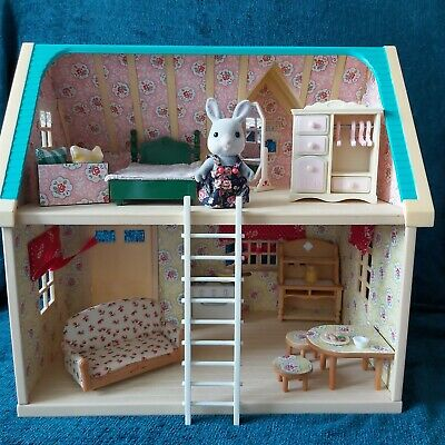 £51 • Buy Sylvanian Families Beautifully Decorated Applewood Cottage Rabbit And Furniture