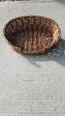 £15 • Buy Sturdy Strong Cat /Dog/Pet Wicker  Basket . Collection Only Newport Gwent