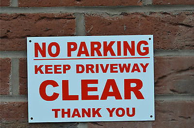 NO PARKING KEEP DRIVEWAY CLEAR THANK YOU A5 Plastic Or Dibond Sign Or Sticker  • 1.99£