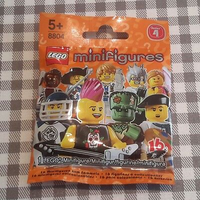 £5.99 • Buy Lego Minifigures Series 4 Unopened Factory Sealed Pick Choose Your Own