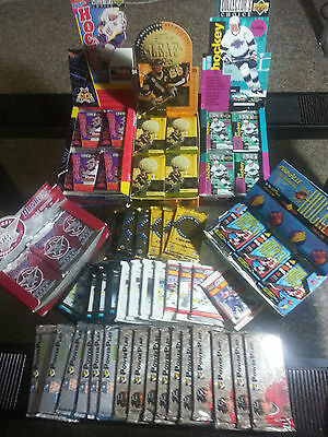 $ CDN29.99 • Buy 100 Vintage Old Factory Sealed Lot Of Hockey Cards. Dads Old Collection!!