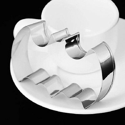 5.5 Inches Extra Large Batman Cookie Cutter For Pastry, Fondant, Gumpaste • 7.71£
