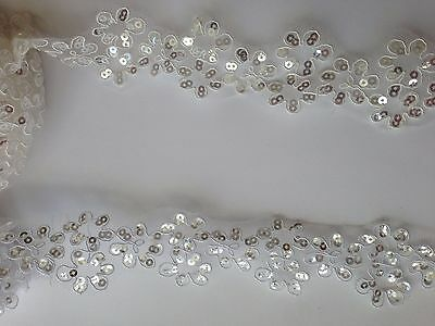 4 Cm Wide Sequins Ivory, White Fabric Flower Venice Lace Trim 1 Yard  • 2.99£