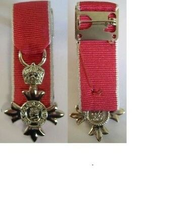 £10 • Buy MINIATURE MOUNTED MBE Civilian MEDAL, Supplied As Seen With A Pin Brooch To Wear
