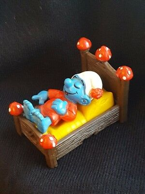Schleich Smurf In Bed Made Up Of 3 Component Parts • 12£