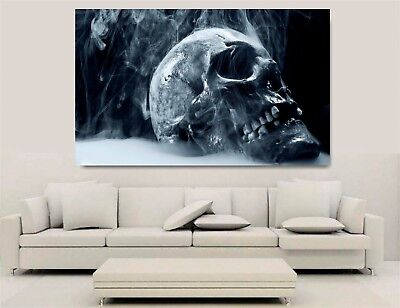 Canvas Wall Art - Gothic Skull • 55£