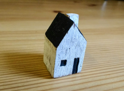 East Of India Miniature Wooden House Trinket Decoration New Home Gift NNumber 4 • 4.99£