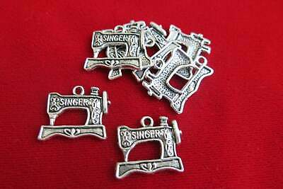 $5.50 • Buy BULK! 25pc  Sewing Machine  Charms In Antique Silver Style (BC119B)