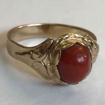 Vintage 14ct Solid Gold & Red Coral Ring Size P Polish Poland Marks • 339£