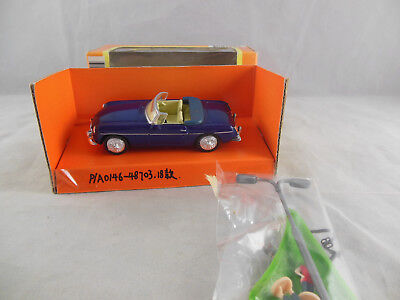 £9.50 • Buy New Ray 48773 1967 MGB Roadster In Blue With White Iinterior 1:43 Scale