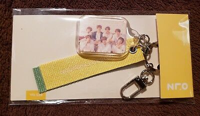 $29.99 • Buy BTS 2018 Exhibition Official Keychain