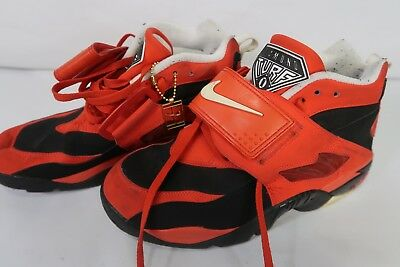 new arrival 26165 40538 Men s Nike Size 9.5 Nike Air Diamond Turf Deion Sanders Red Shoes  309434-007 •