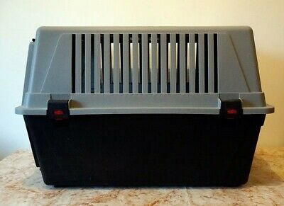 View Details Ferplast Atlas 40 Pet Carrier Crate Small/Medium Size Dog • 50.00£