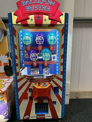 Coin Operated Balloon Buster Vending Machine • 1,495£
