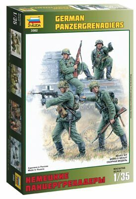 Zvezda 3582 German Panzergrenadiers 1939-1945 1/35 Scale Plastic Figure Kit • 10.95£