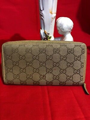 a0977e9b19a 100% Authentic GUCCI Canvas Leather GG Mono Zip Around Wallet Biege Italy •