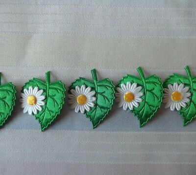 10 Satin Appliques Leaf Flowers For Crafts Scrapbooking Sewing Embellishments • 2.99£