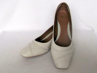 Ladies K Clarks Uk Size 7 Wide-fit Mid Heel Court Formal/wedding Shoes In Ivory • 25£