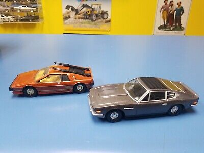 $ CDN66.90 • Buy Corgi 007 Aston Martin Volante & Lotus Esprit  Pre-owned