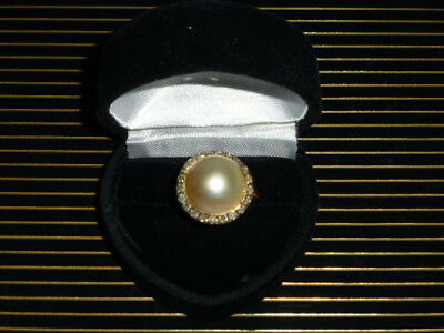 $1650 • Buy Vintage Ladies 14Kt. Yellow Gold, Mabe Pearl And Diamond Ring, Size 6 1/2