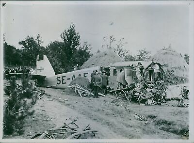£5.64 • Buy People Standing And Looking A Crashed Aircraft In The Village. - 8x10 Photo