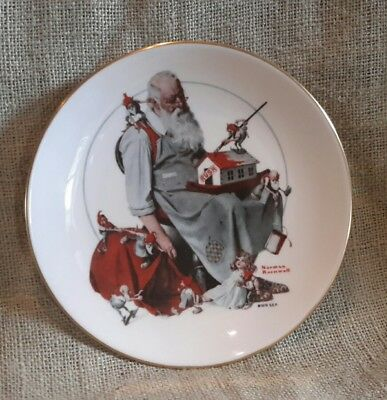 $ CDN9.33 • Buy Norman Rockwell Christmas Plate 1979 Santa's Helpers Elves Workshop EUC