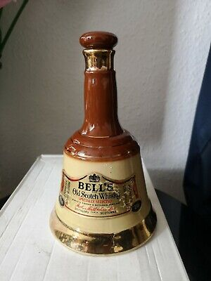Vintage Bells Blended Scotch Whisky 75cl Bell Decanter . Wade , 9 & 1/2  Tall. • 40£