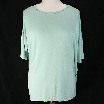 c5623e2fda537 Lularoe Irma Top Womens 2XL Mint Green Solid Short Sleeve Hi Low Hem Knit  Shirt •